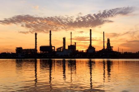 manufactura: Sunrise, f�brica de aceite de la refiner�a de refacci�n en Bangkok, Tailandia