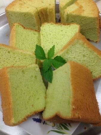 Homemade Pandan leaf flavour chiffon cake Stock Photo