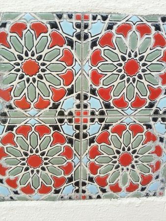 tile: Baba nyonya heritage flora tile