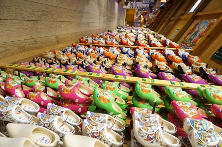 Zaanse Schans; Amsterdam - Wooden Shoe Factory - Souviner shop clog Editorial