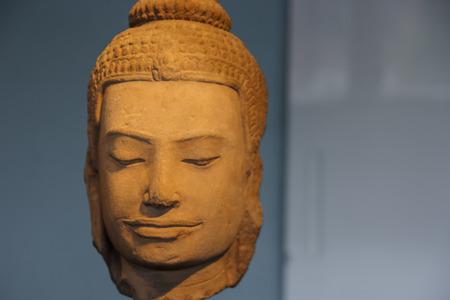 cabeza de buda: Cabeza de Buda antigua