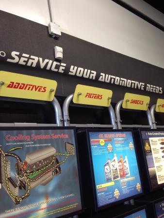 shop display: Auto shop display