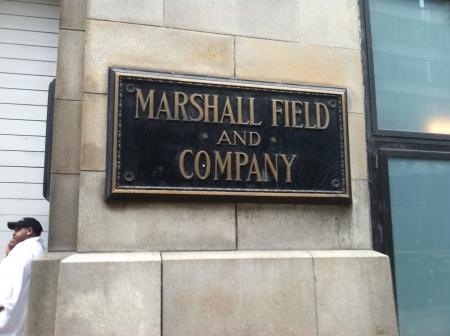 macys: Marshall Field and Company segno storico al di fuori di Macys su State Street Chicago Archivio Fotografico