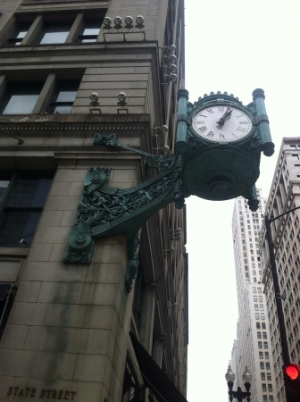 macys: Iconic clock outside of Macys on State