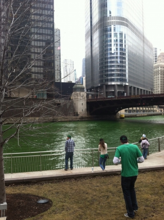green river: The green river in chicago on st. Patricks day