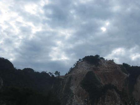 morning sky: Cielo nuvoloso di mattina