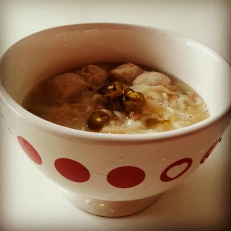 tempting: Tempting pork noodle soup