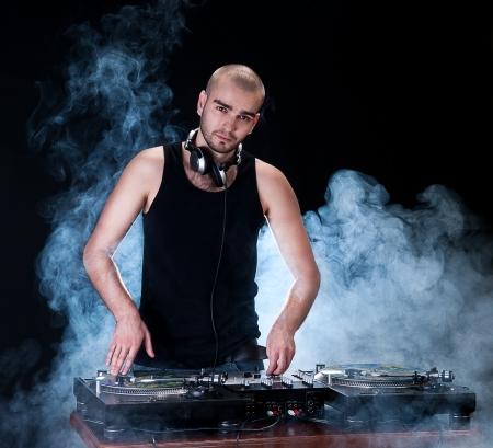 electro: Dj spielt Disco House progressiven Electro-Musik im Konzert