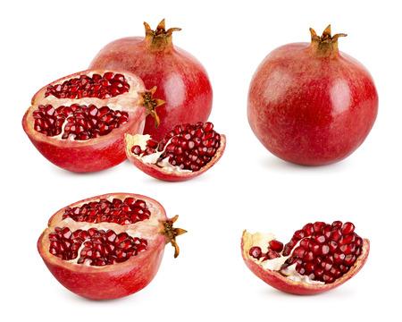 Satz reifer Granatapfel, Hälfte und Stück auf weißem Hintergrund.