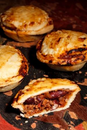 Mini chilli beef pies