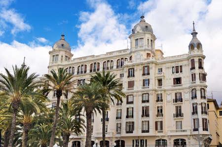 alicante: Edificio Carbonell building in Alicante, Comunidad Valenciana, Spain. Editorial