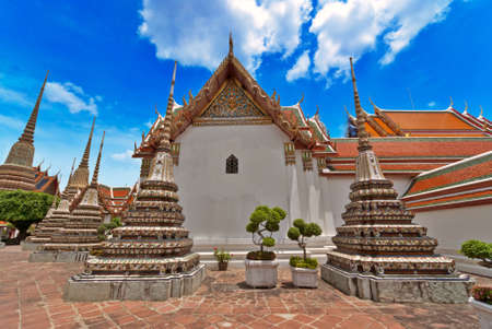 emerald city: Thai temple in the Grand Palace, Bangkok