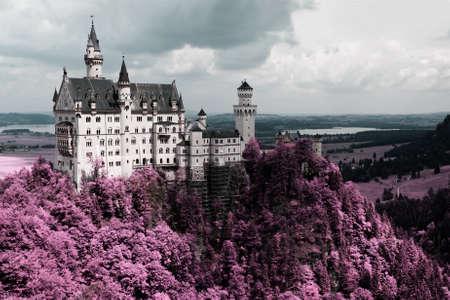 schloss: Famous Neuschwanstein Castle, Bavaria, Germany
