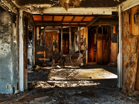 abandoned house: Abandoned