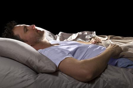 close-up van Insomniac niet kunnen slapen in bed