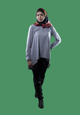Bedwelming Woman Wearing Conservative Traditional Hijab With Modern Style @CD25