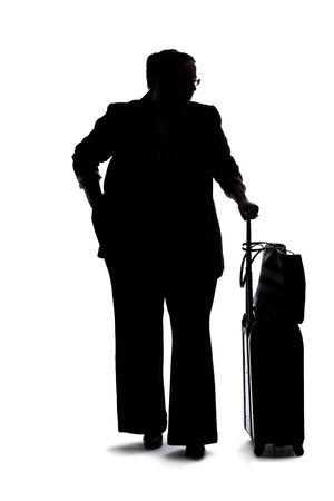Silhouette d'une femme d'affaires sinueuse ou de grande taille sur fond blanc pour les composites. elle attend patiemment Banque d'images