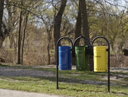 Selective waste bin on a lakeside.