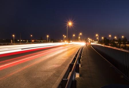 Evening traffic with long exposure. Zdjęcie Seryjne