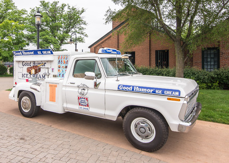 muster: DEARBORN, MIUSA - JUNE 20, 2015: A Good Humor Ice Cream truck at The Henry Ford THF Motor Muster, held at Greenfield Village.