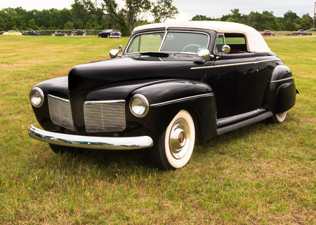 reminisce: AUSTIN, TXUSA - April 17, 2015: A 1941 Mercury at the Lonestar Round Up, a celebration of 1963-and-earlier American hot rods and custom cars.