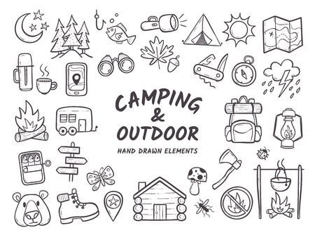 白い背景に隔離された手描きのキャンプやハイキングの要素。夏のキャンプのチラシやポスターに最適なアイコンの完全なかわいい背景。アウトライン化されたベクトル図。