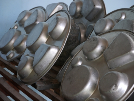 Aluminium food-ware for a young Thai Student Stock Photo