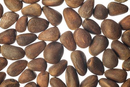 pinoli: Pinoli su sfondo bianco