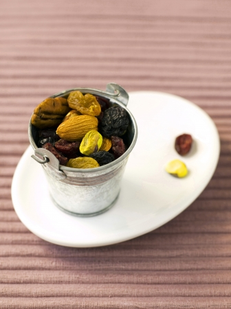 galvanised: Fruit and nut in galvanised bucket