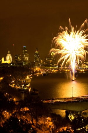 30 st mary axe: Fireworks over River Thames Stock Photo