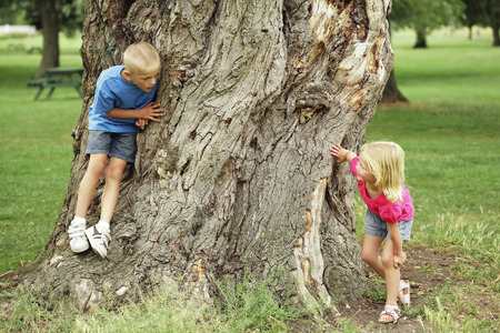 naughty child: Children playing hide and seek