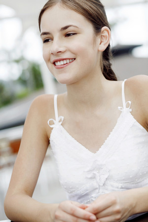 Portrait of a teen girl smiling Imagens