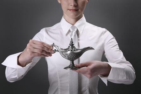 lampe magique: Lampe magique d'affaires tenant