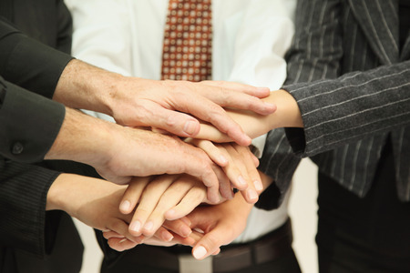 huddle: Business people in huddle