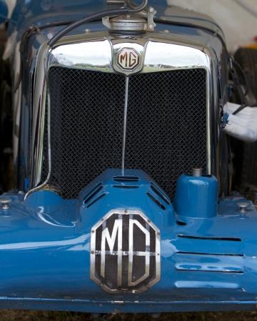 car grill: MG, Classic Sport car