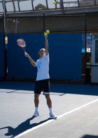 roger: Roger Federer during his practicing session at Australia Open Tournament in Melbourne, 25 January 2010