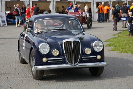 Melbourne Formula One, Lancia and other antique racers in 2010