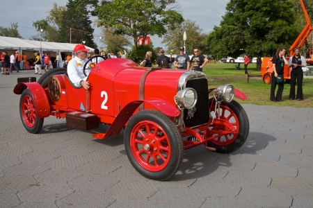 turns of the year: Red Antique Alfa at the Melbourne Grand Prix 2010 Editorial