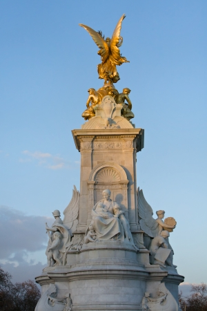 queen of angels: Queen Victoria Memorial Statue at Buckingham Palace London