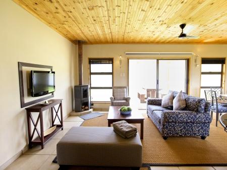 Interieur van een huis, open lounge, Thuis Redactioneel