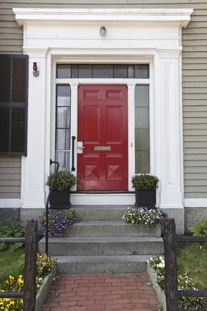 Red Door, Home in Boston, USA Standard-Bild