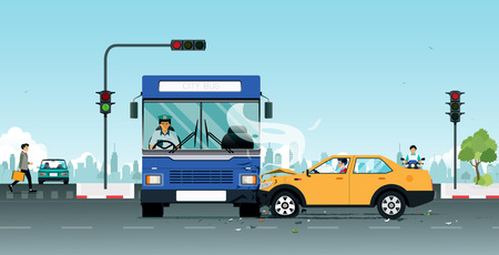An accident on a bus collides with a personal vehicle due to traffic light violations. 版權商用圖片 - 93055141