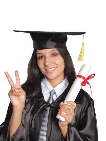 licenciatura: Graduado bastante feliz después de conseguir grado, sobre fondo blanco aislado.
