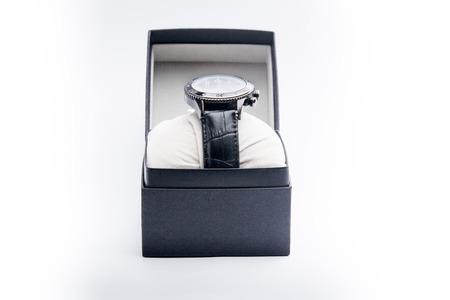 cronografo: el reloj en una caja de regalo