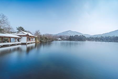 Snow scenery in West Lake, Hangzhou