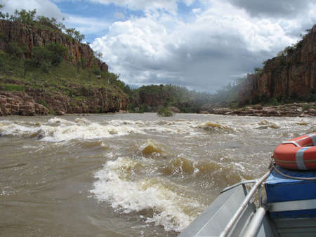 キャサリン渓谷は、オーストラリアのノーザン テリトリーの急流 写真素材