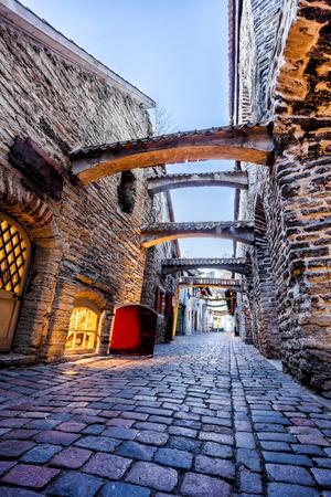 katarina: Medieval street  St. Catherines Passage in Tallinn old town, Estonia