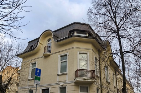 renovated: Old good renovated house in Sofia city