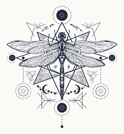 Dragonfly tattoo. Hand getrokken mystieke symbolen en insecten. Dragonfly tattoo schets. Alchemy, godsdienst, occultisme, spiritualiteit, libel tattoo art, kleurboeken