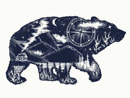 Urso arte de tatuagem de dupla exposição. Símbolo de turismo, aventura, ótimo ao ar livre. Montanhas, bússola. Design de camiseta de silhueta urso pardo Ilustración de vector